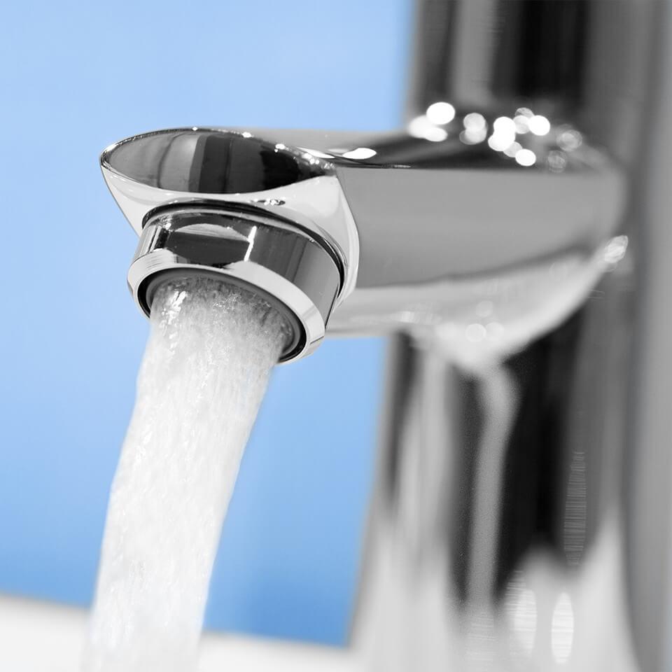 Aireador de ahorro de agua Neoperl Bath 30 l/min - Rosca M28x1 externa